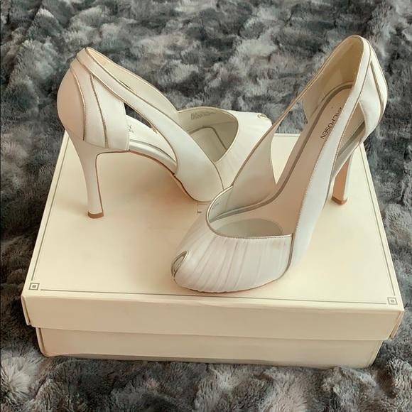Zac Posen Shoes   Z A C P O S E N
